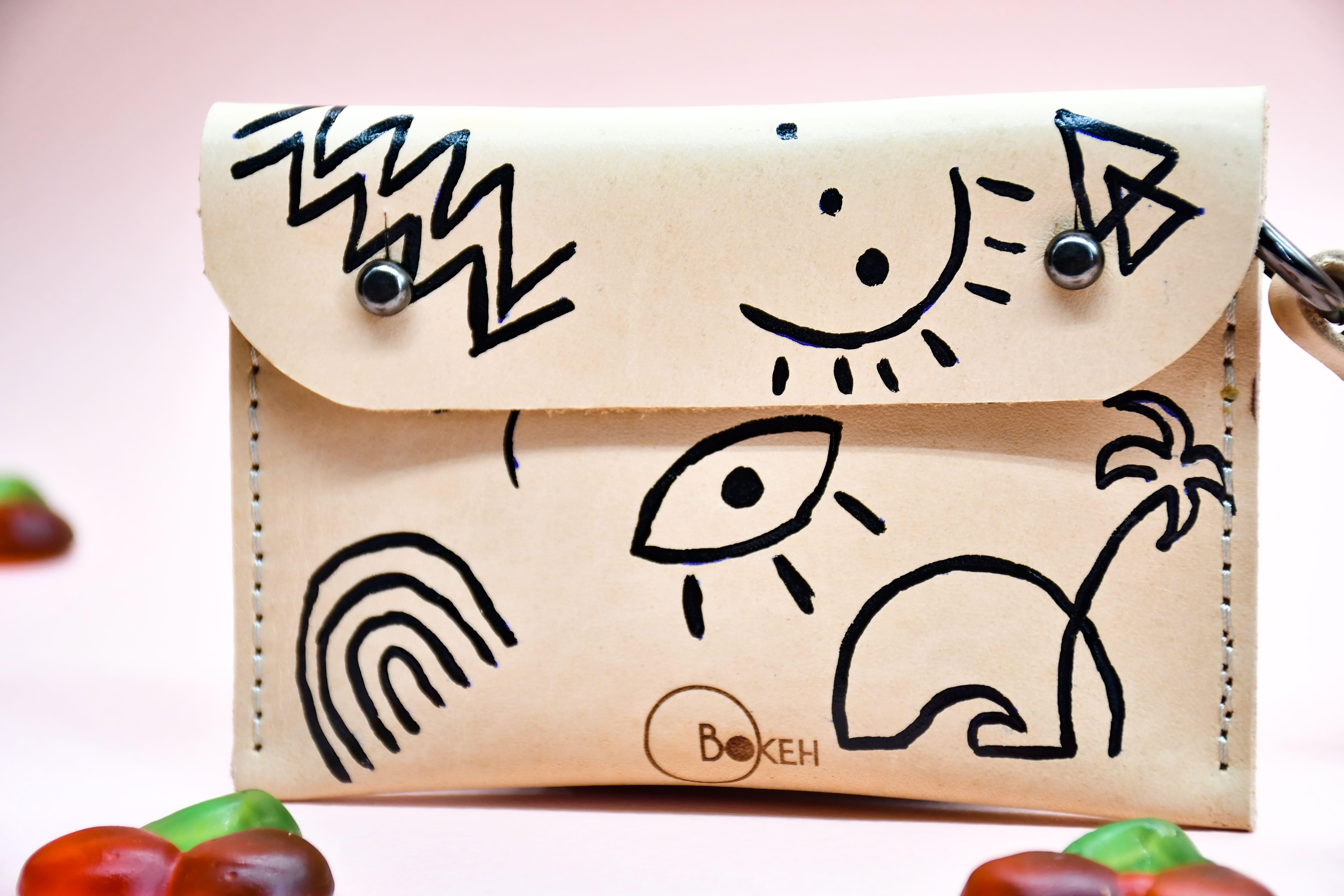 shapes-line art neck wallet 7