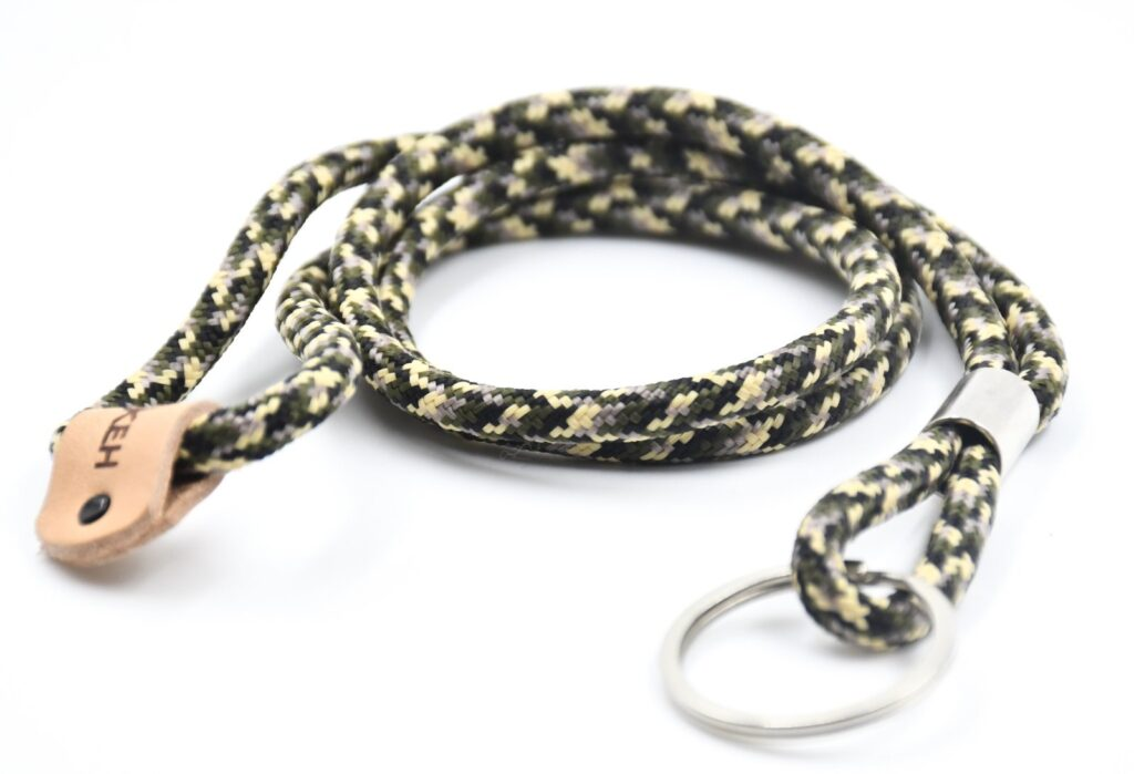 Camouflage_Long_Key_chain